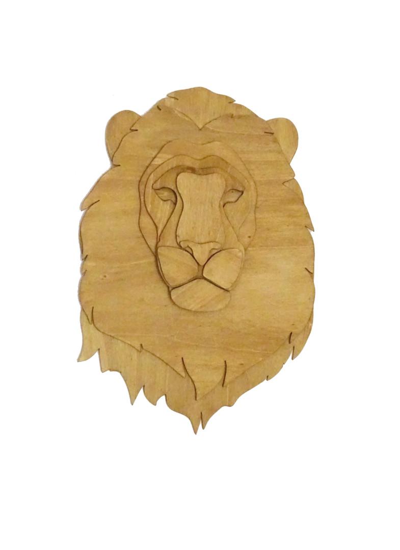 Constance Schroeder - Anima tête lion bois